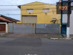 Título do anúncio: Galpão para alugar, 320 m² por R$ 8.000,00/mês - Vila Guilhermina - Praia Grande/SP