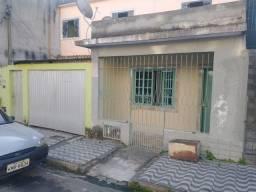 Vende-se casa bairro Água limpa Volta redonda. Tel- *