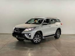 Título do anúncio: Toyota Hilux SW4 SW4 SRX 4x4 2.8 TDI 16V Dies. Aut.