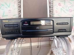 Título do anúncio: Vende-se rádio CD Philco