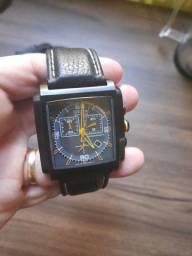 Relógio CITIZEN Masculino Eco Drive Cronógrafo AT2217-01H / TZ30115D