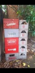 Título do anúncio: Vasilhame com garrafas