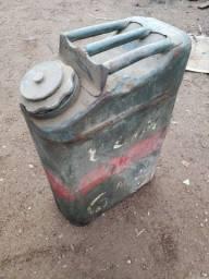 Título do anúncio: Tanque de gasolina militar antigo