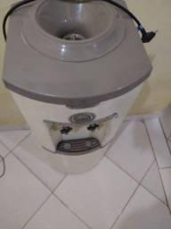 Título do anúncio: Bebedouro de Coluna para Garrafão Refrigerado Branco 127V - Esmaltec