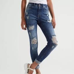 Título do anúncio: Calça jeans- tam 44