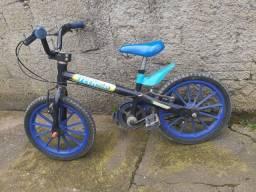 Título do anúncio: Vendo bicicleta de criança