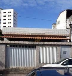 Título do anúncio: Casa com 3 Quartos em Campo Grande, Recife