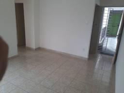 Apartamento para alugar com água inclusa, Curado IV