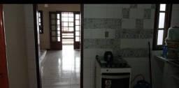 Título do anúncio: Aluga-se Casa 2/4. 1° andar. Loteamento Dona Rosa. Alto do Coqueirinho, Itapuã.