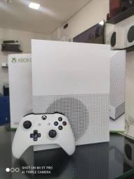 Xbox one s + FIFA 21 Oportunidade - Loja Física - Aceitamos Cartões em até 18x