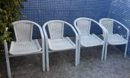 Cadeiras de Alumínio.