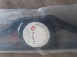 Título do anúncio: Vendo régua T, 80 cm, Trident, em madeira, c/ cabeçote móvel, ref 5808