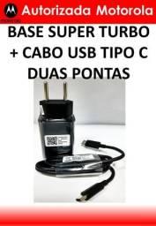 Kit Motorola Base Super Turbo 27W + Cabo Usb Tipo C Duas Pontas