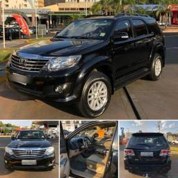 Hillux SW4 SR 2.7 4x4 AT CD vamos parcelar seu carro novo? - 2015