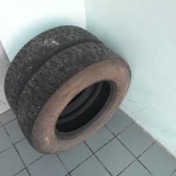 Vendo 2 pneu para mercedinha
