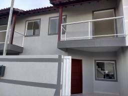 Casa duplex nova com varanda
