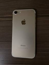 IPhone 7 128 GB Dourado