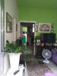 Vendo Casa, 2 quartos , sala, cozinha, varanda, 2 banheiros e terraço!