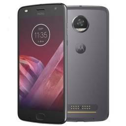 "Smartphone Motorola Moto Z2 Play Dual Chip Android 7.1.1 Nougat Tela 5,5"" Octa-Core 2.2 GH"