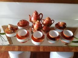 Conjunto de Chá Japonês em Porcelana