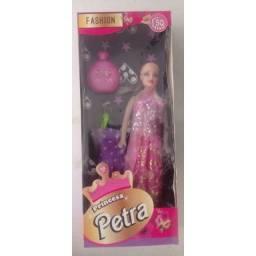 Brinquedo boneca princesa petra