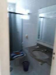 Aluga-se apartamento mobiliado centro de Guarapari. ES