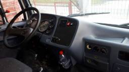 M benz 1620 ano 2003/03