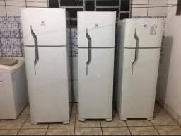 Consertamos sua geladeira e ar condicionado