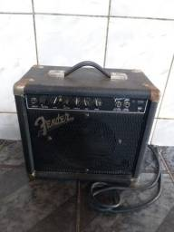 Amplificador fender Frontman 15g