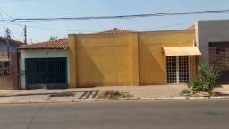 Vende-se um oásis no coração do bairro Cristo Rei em Várzea Grande-MT!
