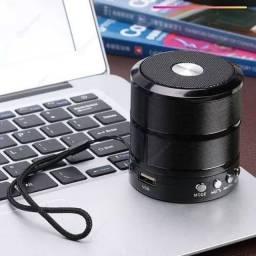 Caixa de som WS 887 Bluetooth, Rádio FM, Pen Drive, Auxiliar e Cartão de Memória