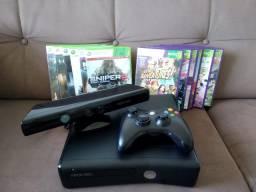 Xbox 360 Slim com Kinect e 12 jogos