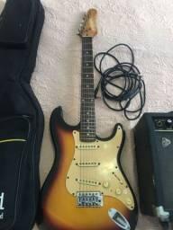 Título do anúncio: Guitarra com amplificador