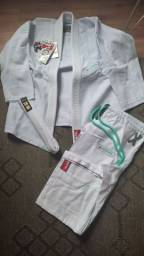 Título do anúncio: Kimono Coral Jiu jitsu A2