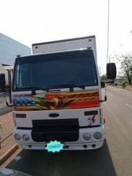 Título do anúncio: Caminhão cargo 2012/2013
