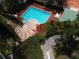Apartamento 03 quartos amplo a poucos metros da Praia do Forte Vila nova - Cabo Frio-RJ