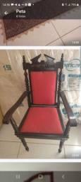 Título do anúncio: Cadeira antiga em madeira Imbuía