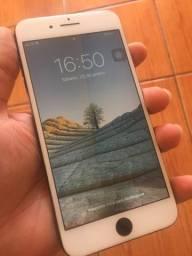 iPhone 8 Plus 64gb ( Com detalhe )