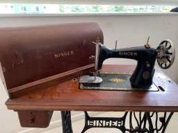 Título do anúncio: Máquina de Costura Singer- Alemã - Meados anos 30 -50