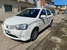 Título do anúncio: Repasso Toyota Etios 1.5 Sedan XS Com GNV G5 Parcelas 340,00
