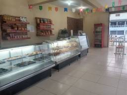 Título do anúncio: Vendo está frente de padaria com 2 balcões 2 metros e 1 balcão gelado 1.20m