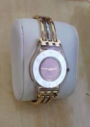 Título do anúncio: Relógio Feminino Swatch