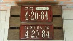 Título do anúncio: Par De Placas De Carro Antigas, Anos 60! Muito Novas!