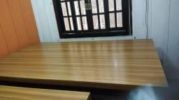 Mesa para escritório reunião