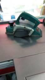 Plaina manual eletrica makita