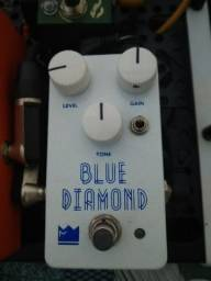 Pedal blue diamond