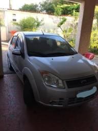 Vendo carro fiesta sedan 2007 - 2007