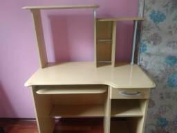 Mesa pra computador