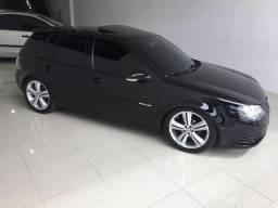 VW - Golf Sportline 1.6 Black Dark Bancos de couro - 2012
