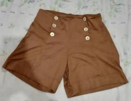 Short feminino marrom